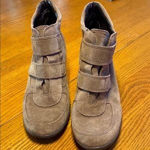 AEROSOLES heeled ankle boots